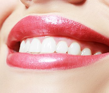 Do Teeth Whitening Procedures Damage Teeth?