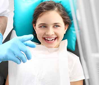How does Biomimetic Dentistry differ from what is taught in Dental Schools
