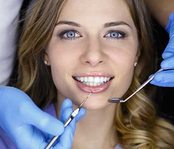 The procedure for porcelain veneers in San Francisco