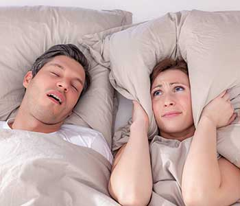 Is snoring affecting the way your sleep? San Francisco dentist explains how it might be caused by sleep apnea