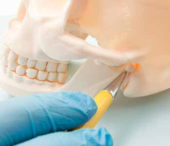 At the practice of Dr. Leo Arellano, patients in the area of San Francisco, CA and the surrounding communities can seek treatment for a variety of dental situations, including the treatment of TMJ/TMD.